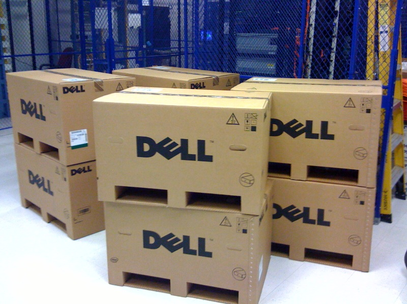 8 boxed servers for virtualization